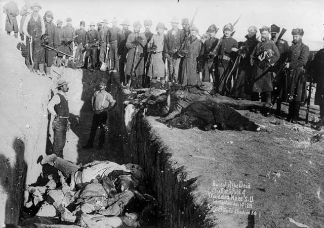 Wounded Knee:  Massagraf in Amerika.